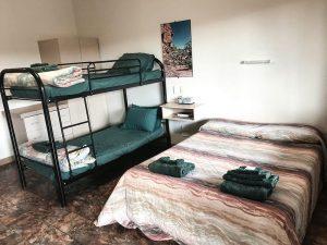 Karijini Accomodation - Family Room